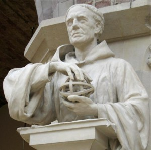 « Roger-bacon-statue ». Sous licence Creative Commons Attribution-Share Alike 3.0 via Wikimedia Commons - http://commons.wikimedia.org/wiki/File:Roger-bacon-statue.jpg#mediaviewer/Fichier:Roger-bacon-statue.jpg